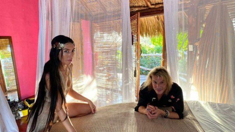 El Pájaro Caniggia y Sofía se comprometieron en Tulúm