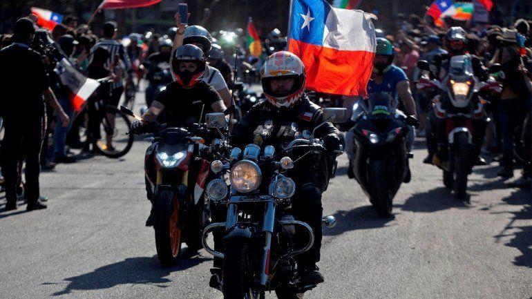 Chile quiere volver a su ritmo pero las protestas y marchas no paran