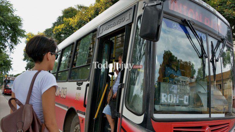 El Ministerio de Trabajo dictó la conciliación obligatoria y Unión Bus volvería a circular