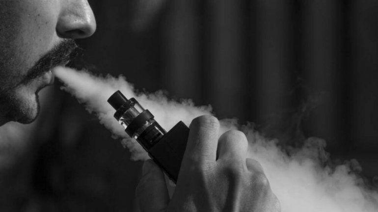 Cigarrillo electrónico: el primer caso de lesión pulmonar en Argentina genera alerta epidemiológica