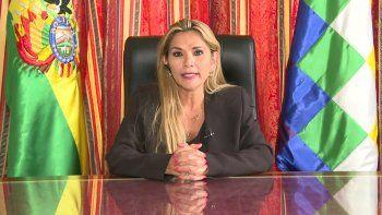 Jeanine Áñez dijo: Vayan buscando candidato