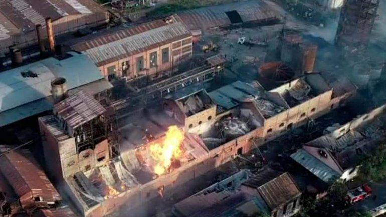 Al menos cinco muertos por el incendio en el ingenio La Esperanza