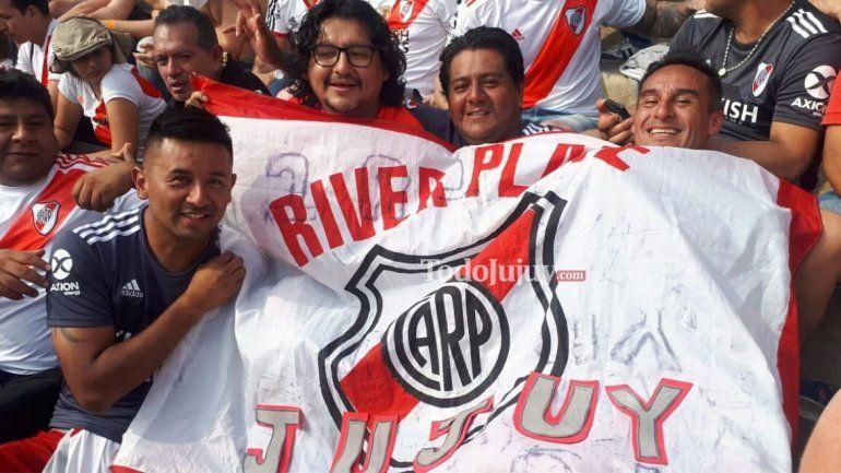 Son jujeños y viajaron 36 horas sin dormir para ver a River en la final de la Copa