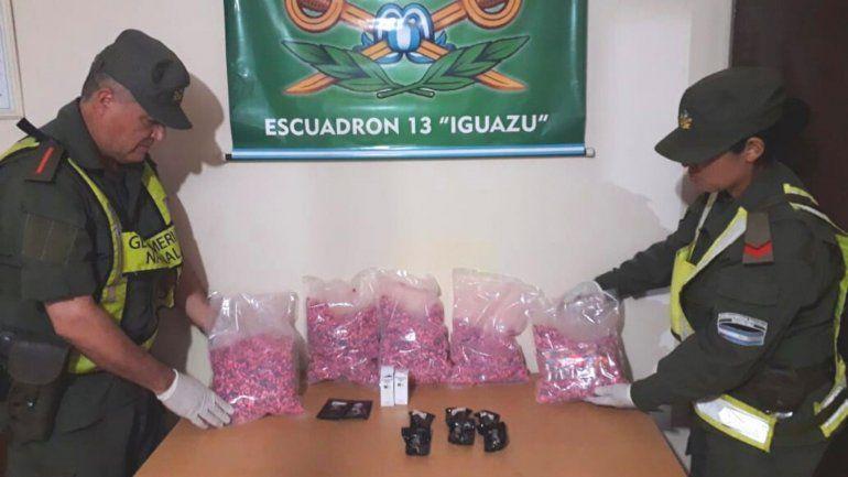 Incautan más de 15.900 pastillas de éxtasis, anfetaminas y detuvieron a un narco brasilero