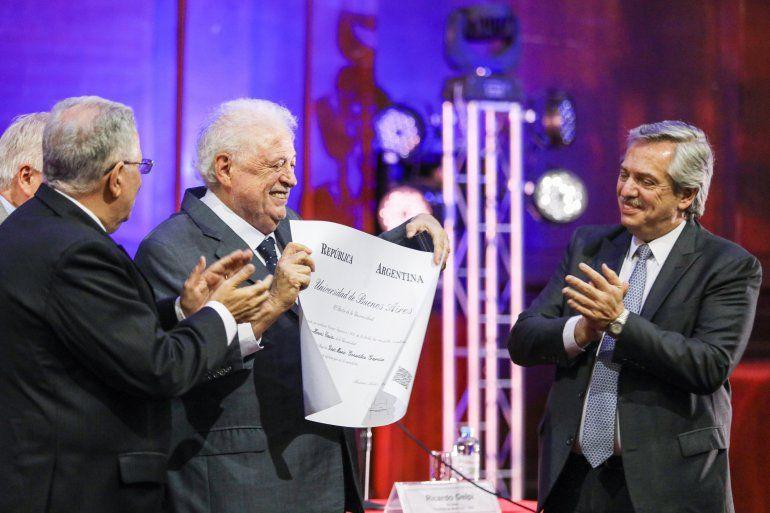 Alberto Fernández ratificó a Ginés González García como su ministro de Salud