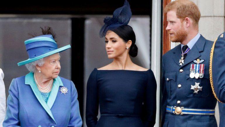 La reina Isabel apoya la decisión de Harry y Meghan de vivir en Canadá