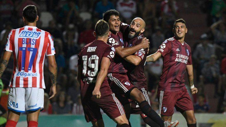 River dio vuelta el resultado y es puntero absoluto de la Superliga