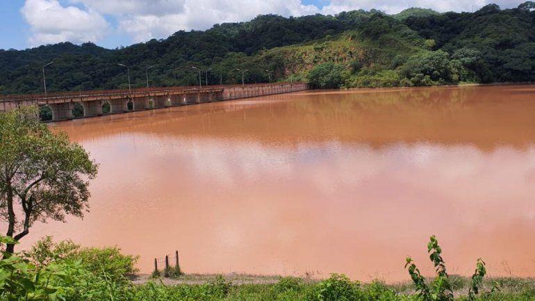 Agua Potable trabaja contra reloj para normalizar el servicio en Palpalá y Alto Comedero