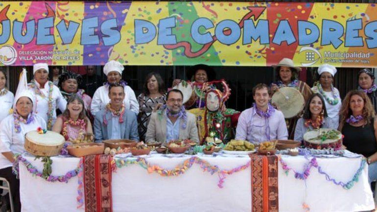 El Jueves de Comadres vuelve a celebrarse en Villa Jardín de Reyes con un festival solidario