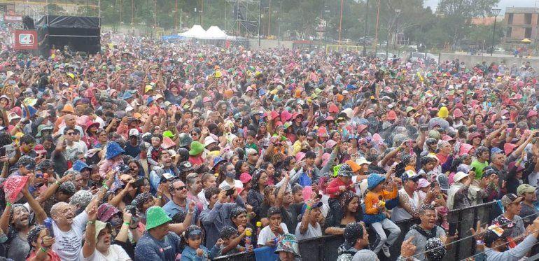 Multitudinario cierre del Carnavalódromo en la Ciudad Cultural