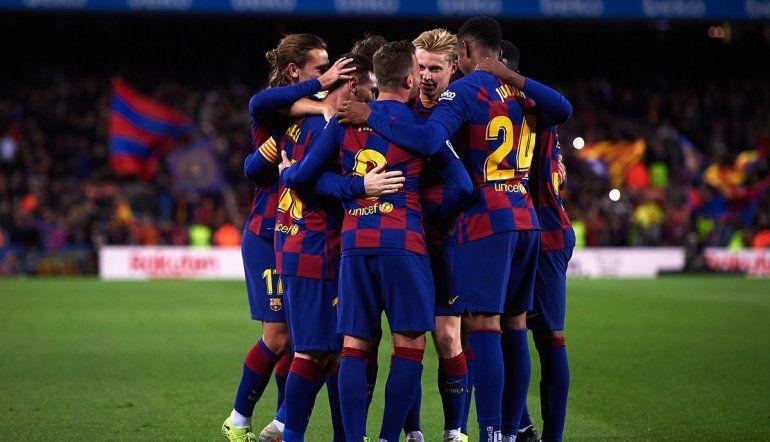 Por el coronavirus, el Barcelona le bajaría el sueldo a sus jugadores