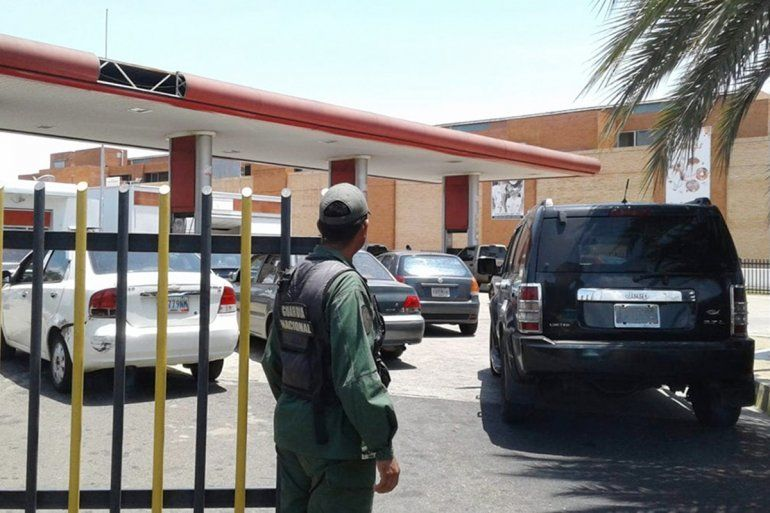 Venezuela se queda sin combustible y limita la distribución