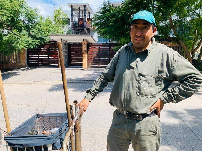 COVID-19: Fernando, uno de los héroes que lucha en Jujuy