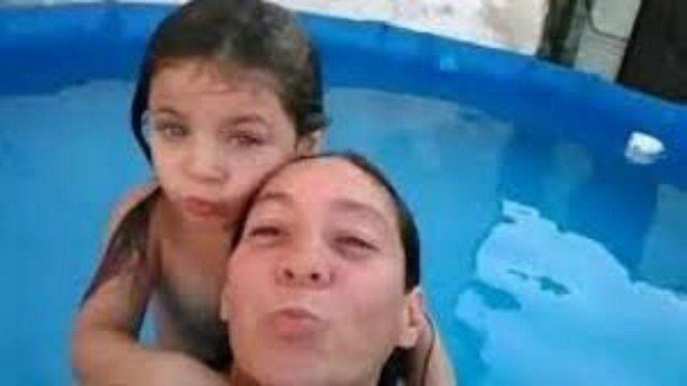 Doble femicidio: asesinaron a una mamá y a su hija de 7 años
