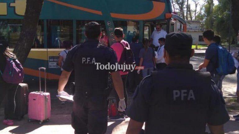 Córdoba: más de 300 estudiantes inscriptos para volver a Jujuy