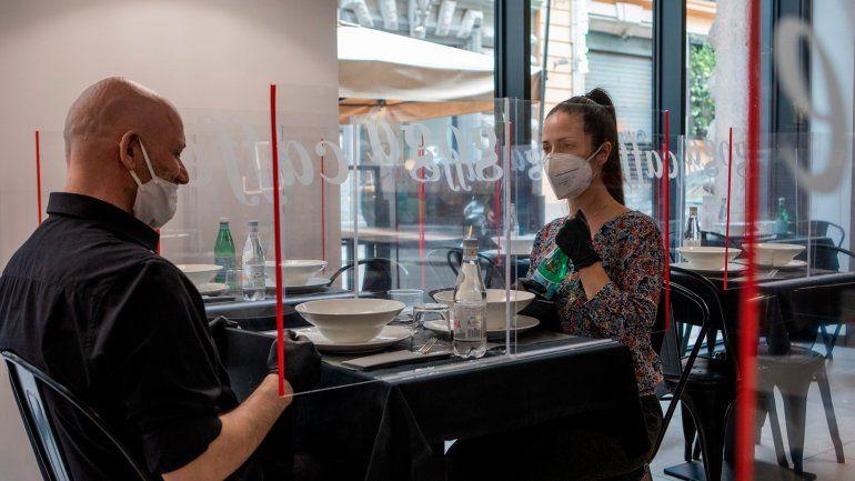 Coronavirus: Desde mañana los restaurantes podrán poner mesas afuera
