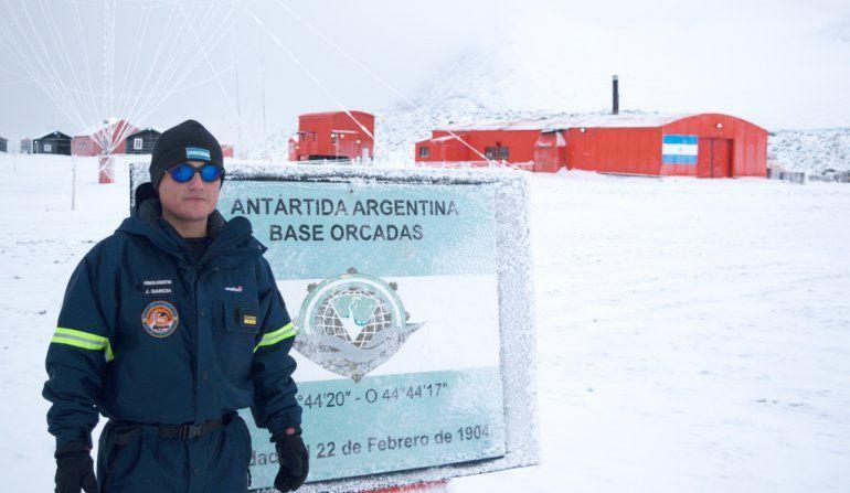 Raúl García, el jujeño que hace patria en la Antártida