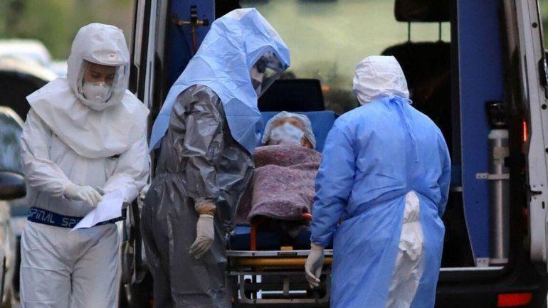 Tres nuevos fallecimientos y más de 2.300 nuevos casos