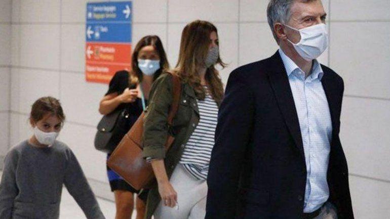 Mauricio Macri llegó a Paris junto a su familia