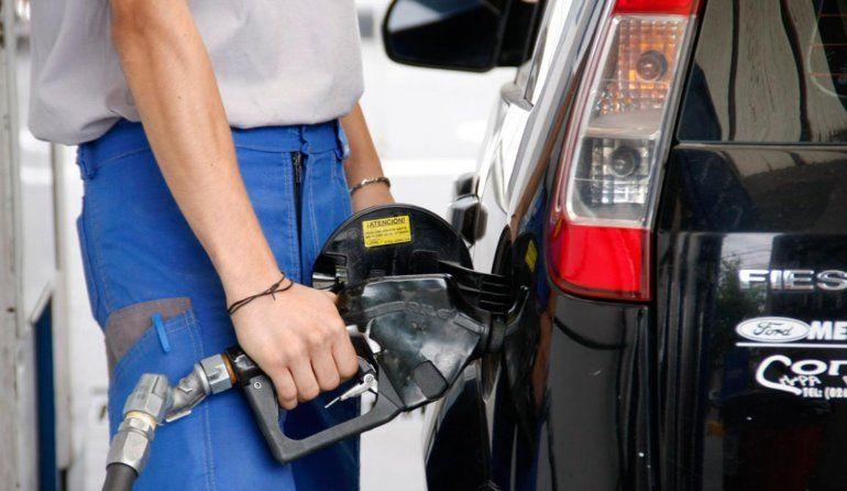 Este sábado podría aumentar alrededor de un 2% la nafta