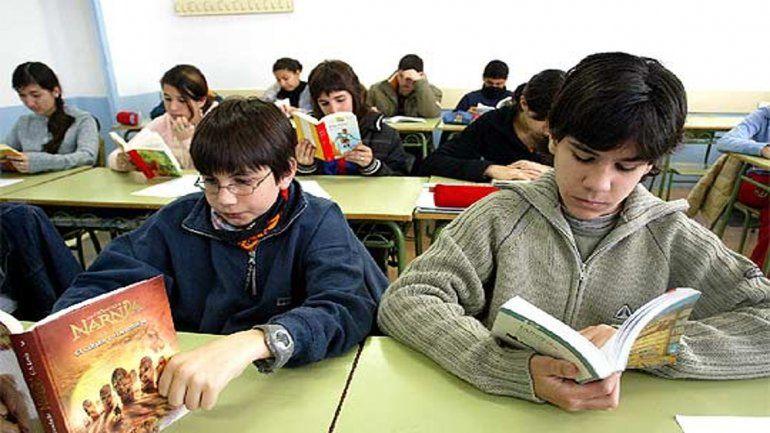 El Estado comprará libros de literatura para las escuelas