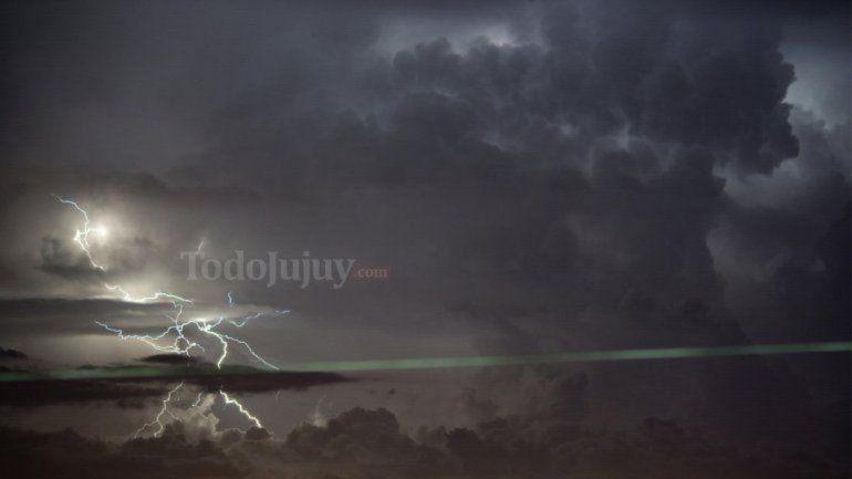 Jujuy: rige un alerta por tormentas fuertes