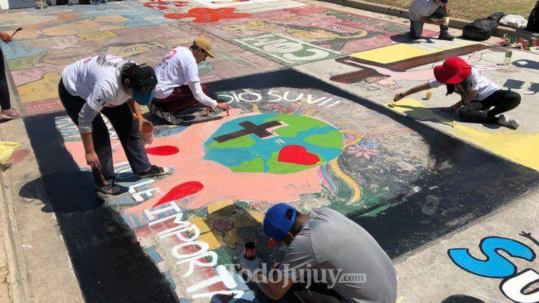 Hoy comenzó la pintada en Ciudad Cultural en honor a Los Héroes de la Pandemia